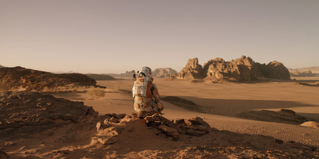 """Una guía de 15 películas, libros y series para """"viajar"""" a Marte"""