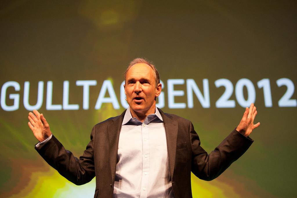 Tim Berners-Lee, creador de la 'Wold Wide Web', lanza una iniciativa para salvarla de la