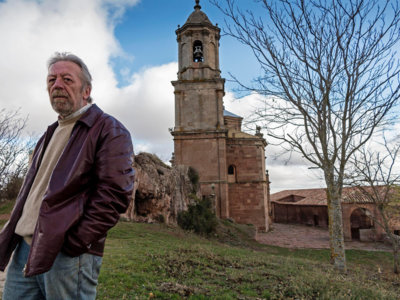 Fallece el escritor alavés Ángel Martínez Salazar