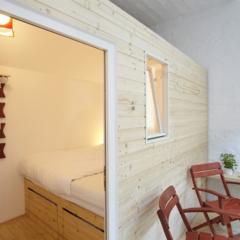 un-curioso-hotel-de-caravanas-en-berlin
