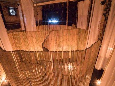 The Bunyadi, el restaurante londinense al que irás sin chaqueta... ¡y sin nada encima!