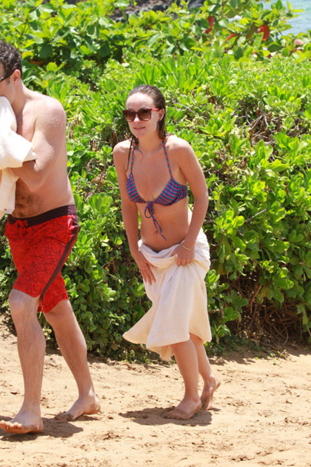 Olivia Wilde playa look