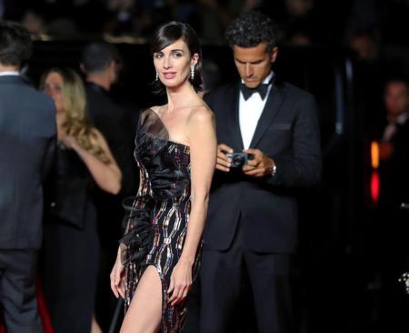 Paz Vega sella una de sus mejores jornadas en el Festival de Cannes con un espectacular vestido sobre la alfombra roja