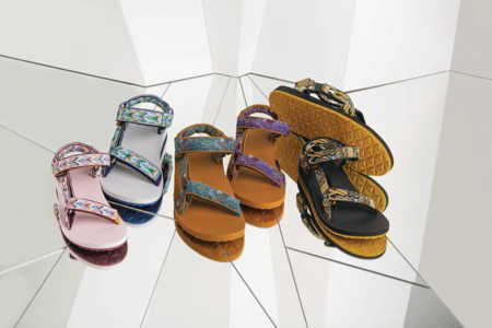 Teva actualiza sus icónicas sandalias al intervenirlas con toques artísticos