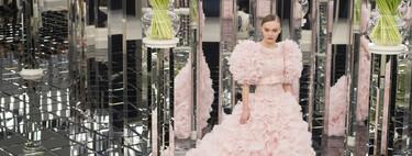 Repasamos los looks y momentos más icónicos de Karl Lagerfeld para Chanel