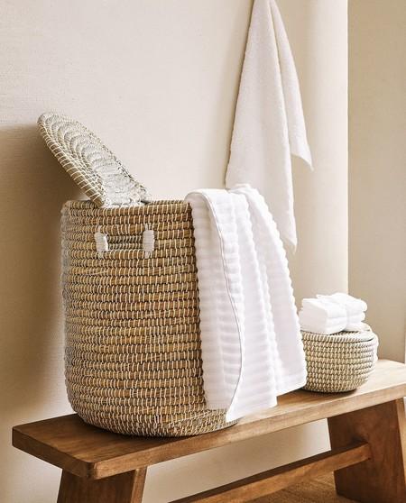 Los Special Price de Zara Home incluyen muchas cestas y cajas (que nunca sobran) para mantener el orden en casa