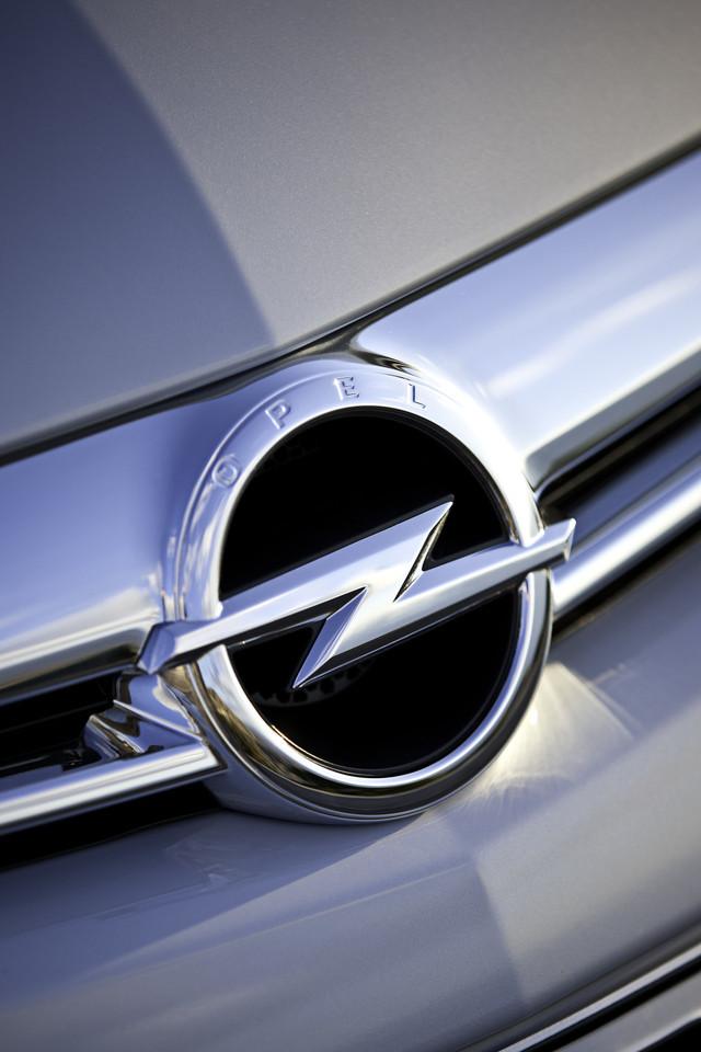 Foto de Opel Astra GTC (59/90)