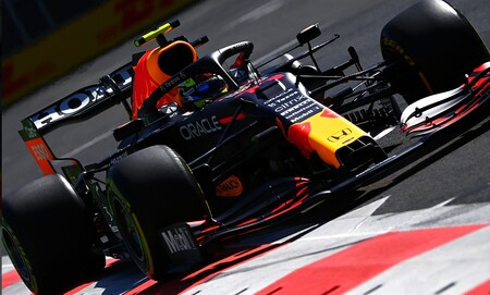 Sergio Pérez lidera el doblete de Red Bull en Bakú, Ferrari se mantiene arriba y Mercedes desespera