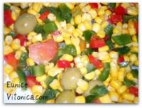 Ensalada de maíz. Receta saludable