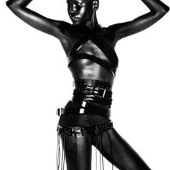 Foto 8 de 20 de la galería alek-wek-de-refugiada-sudanesa-a-supermodelo en Trendencias