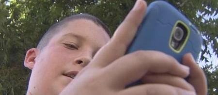 """Con sólo 12 años Dylan ha desarrollado """"Save Me Pro"""": la aplicación que convierte el teléfono en un botón de pánico"""