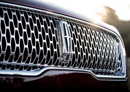 El primer vehículo eléctrico de Lincoln podría basarse en los modelos de Rivian