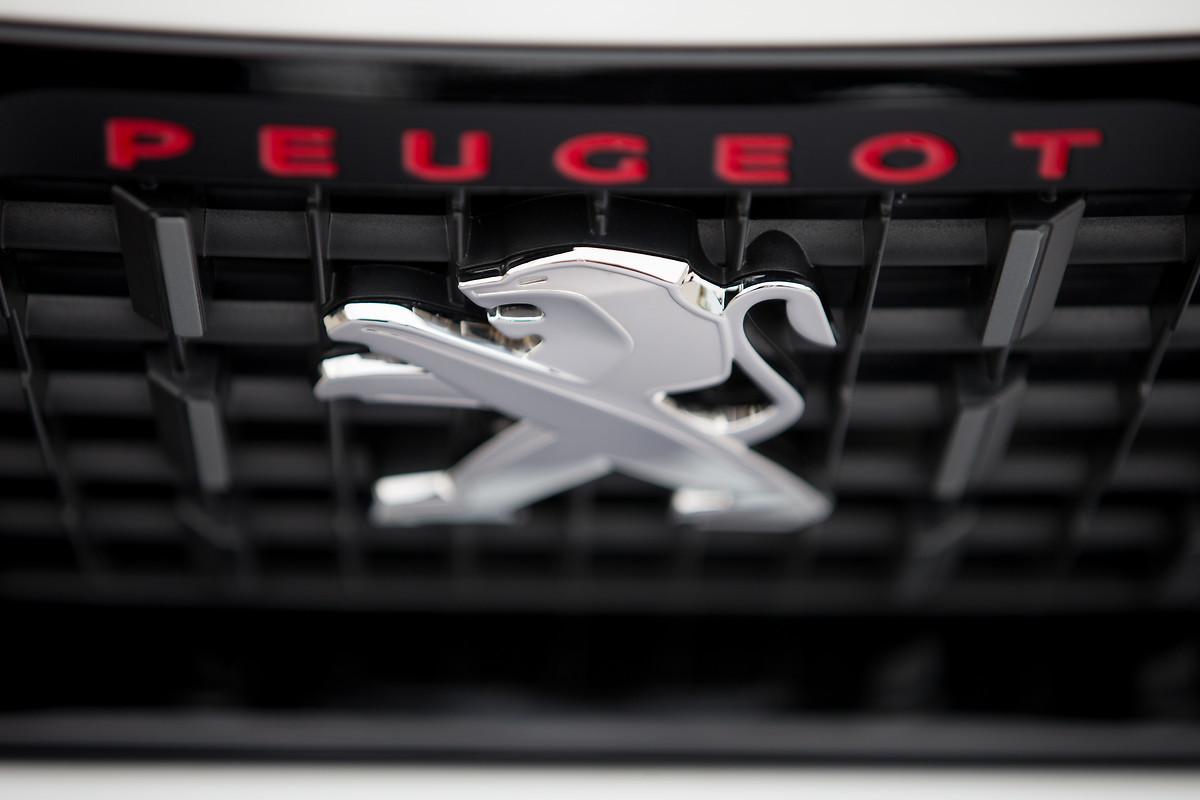 Foto de Peugeot 2008 Allure (12/23)