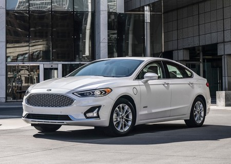 Ford Fusion 2019 1600 01
