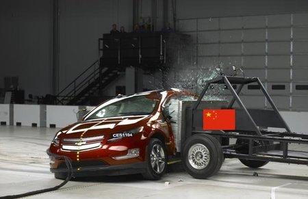 El Chevrolet Volt colisiona contra el Gobierno chino