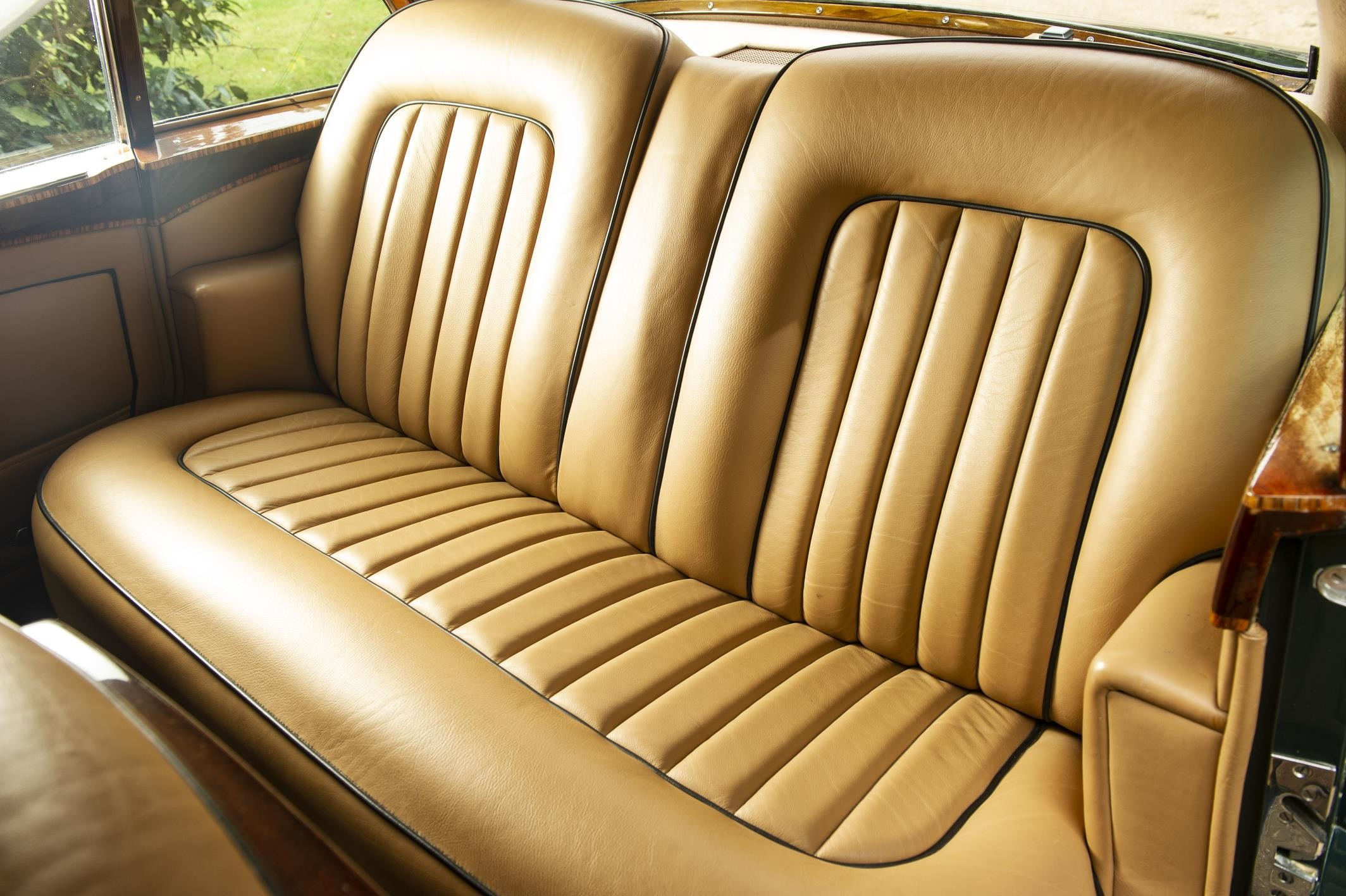 Foto de Bentley Continental S2 Flying Spur 1959 (1/8)