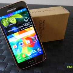 Foto 5 de 19 de la galería samsung-galaxy-s5-mini-diseno en Xataka Android
