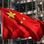 China intenta sujetar su economía frente al problema de deuda y la guerra comercial