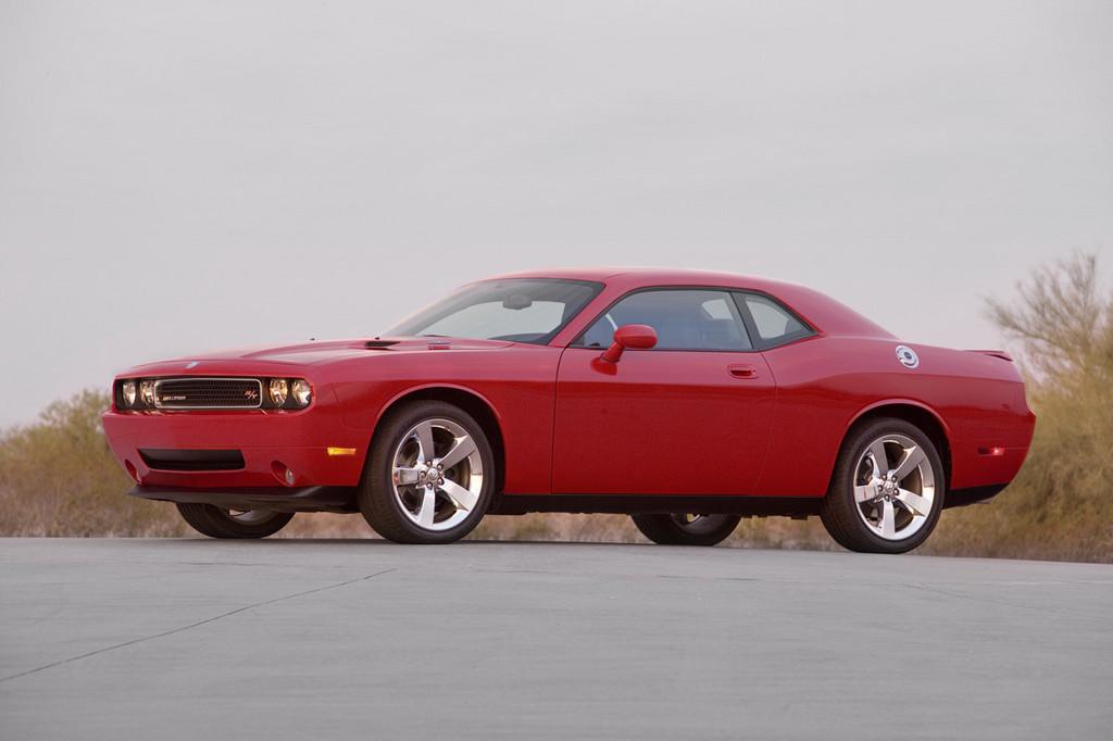 Foto de Dodge Challenger R/T (13/37)