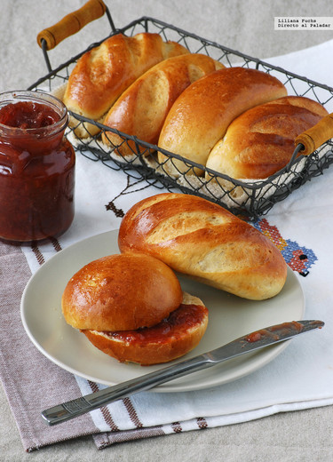 Panecillos de leche, vainilla y cardamomo: receta tierna para desayunos y meriendas