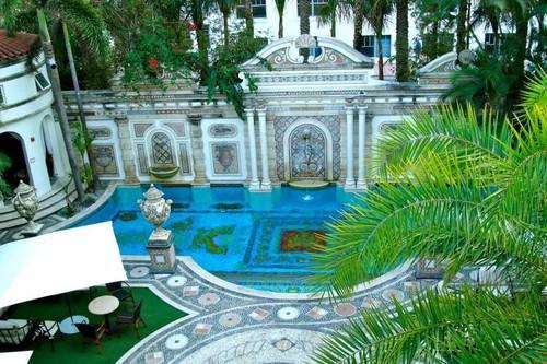 Villa Casa Casuarina: la mansión donde murió Versace ahora es un hotel de lujo