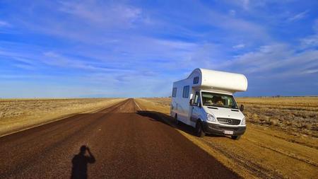 Conduce gratis una caravana con Relocation, el complemento perfecto para helpx y couchsurfing