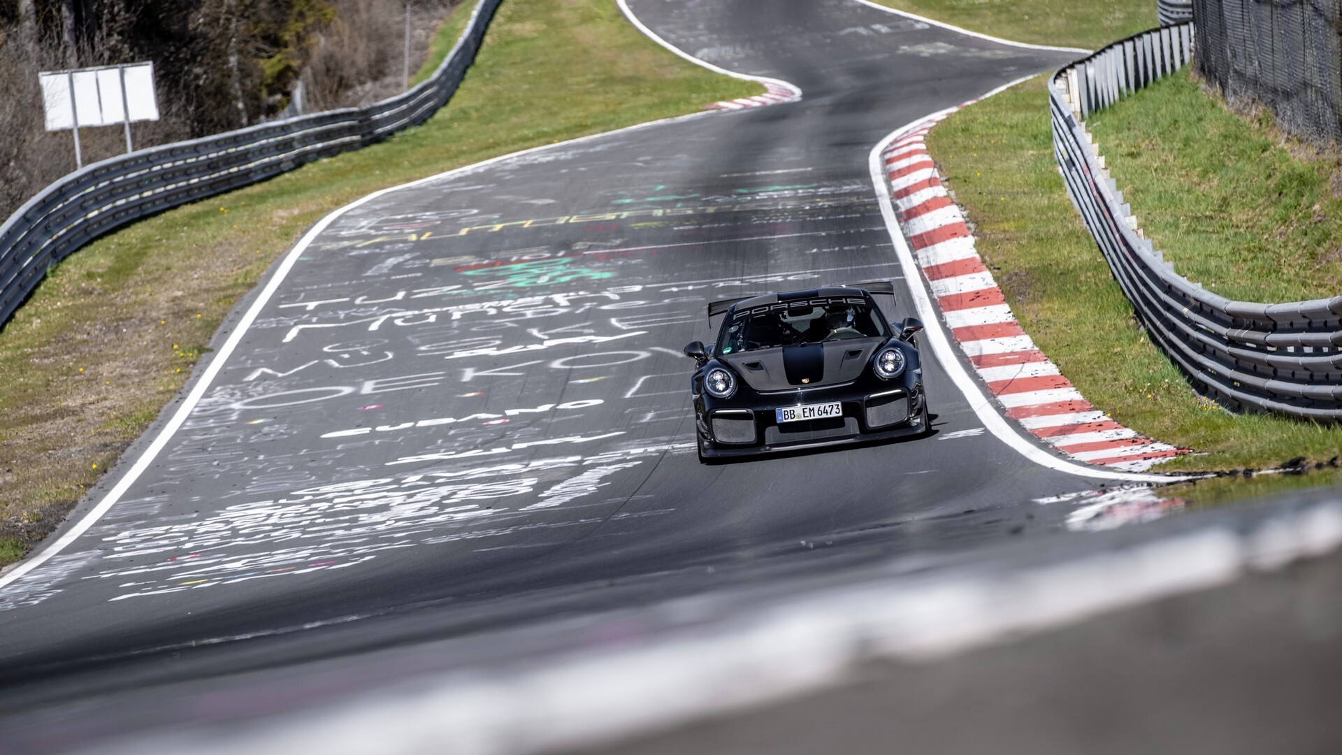 Foto de Porsche rompe récord de velocidad (5/8)