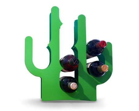 Organiza tus botellas con un curioso cactus