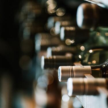 Los amantes del vino van a desear cualquiera de estas vinotecas a la venta en Amazon (algunas incluso con descuento)