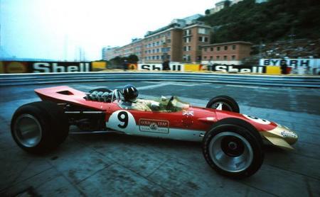 Una vuelta al circuito urbano de Montecarlo con: Graham Hill