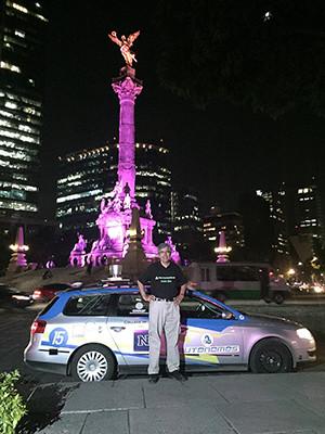 Autonomous Drive Mexico Rojas At Angel De La Indepencia Main