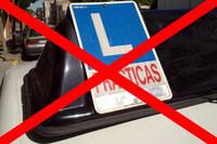 Se puede sacar el carné de conducir sin autoescuelas, pero...
