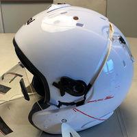 Los cascos de moto falsos pueden ser mortales: así queda esta copia china de Arai tras un test de impacto