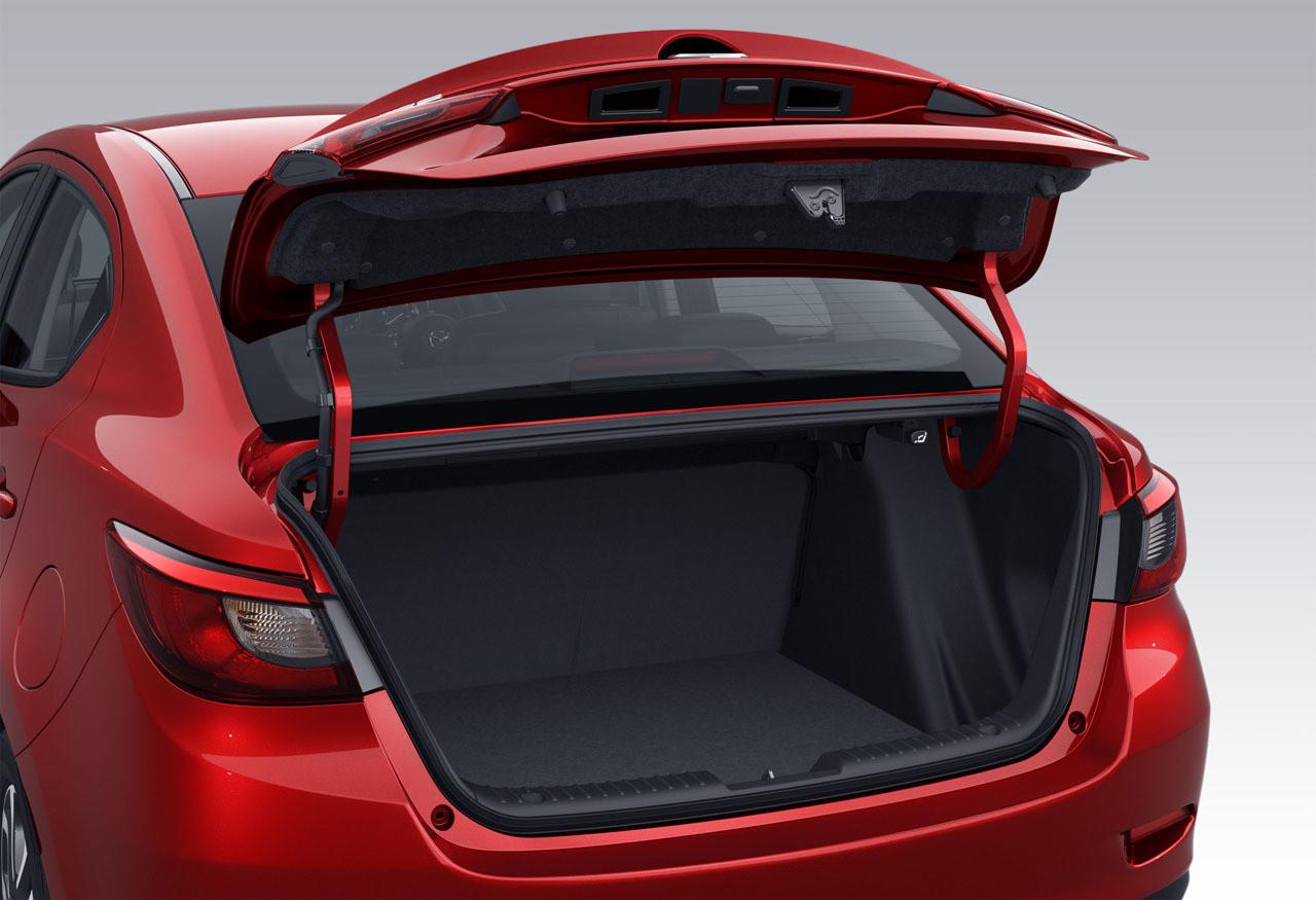 Foto de Mazda 2 Sedán (9/16)
