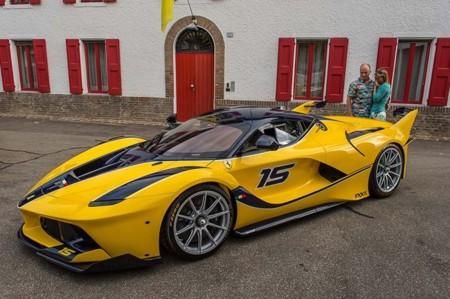 Alguien decidió que un Ferrari FXX K era el regalo ideal de cumpleaños para su esposa