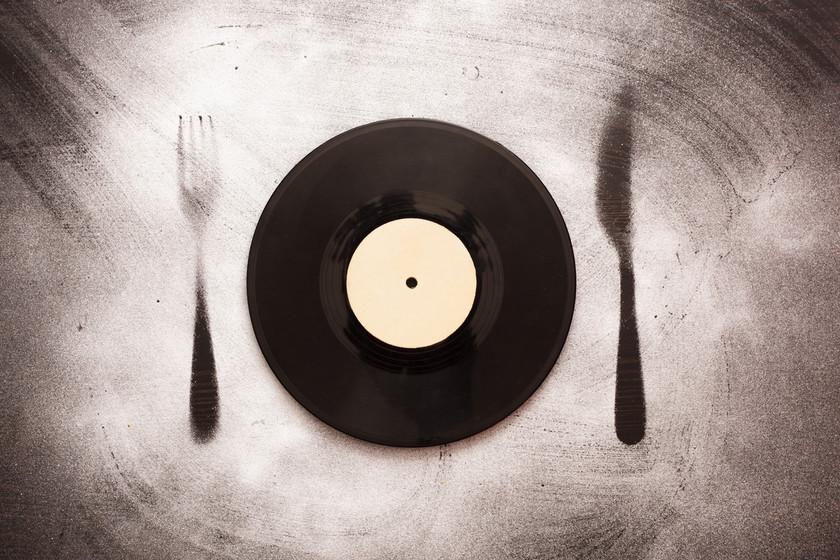 Por qué nadie se preocupa de poner buena música en los restaurantes (aunque ganarían más dinero)