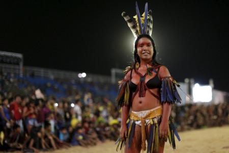 Desfile de belleza indígena en Brasil: el orgullo de hacerse visible