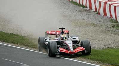 Hamilton tendrá problemas sin el control de tracción