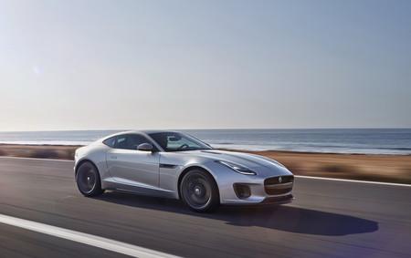 Jaguar actualiza el F-Type para el modelo 2018 y le dice adiós al V8 con RWD