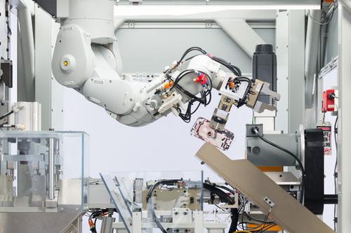 La continua evolución de la cadena de montaje de productos de Apple: automatización e inteligencia artificial