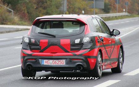 El Mazda3 MPS ya rueda camuflado por Nürburgring
