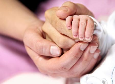 Un final feliz: tras trece abortos consiguieron ser padres