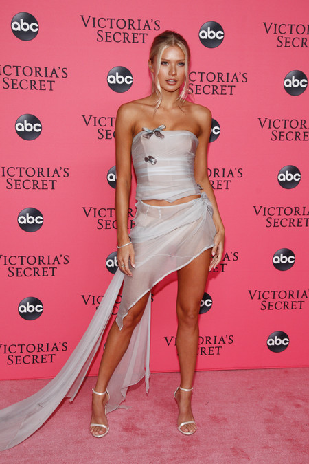 Josie Canseco victoria secret red carpet