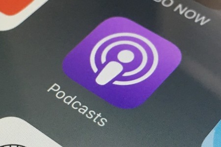 Apple asegura que la aplicación Infowars no será eliminada del App Store