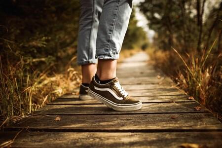 Chollos en tallas sueltas de zapatillas Vans, Adidas o Reebok en Sarenza con hasta un 70% de descuento