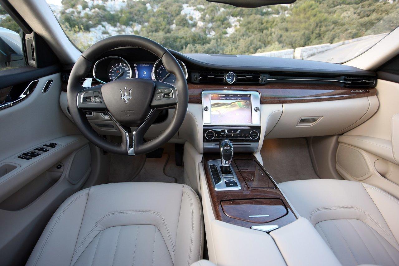 Foto de Maserati Quattroporte (2013) (37/47)