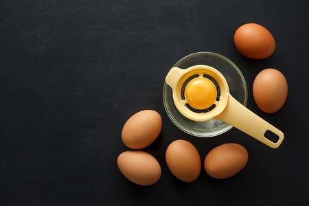 Como Abrir Un Huevo Para Separar Clara Y Yema Utencilios De Cocina