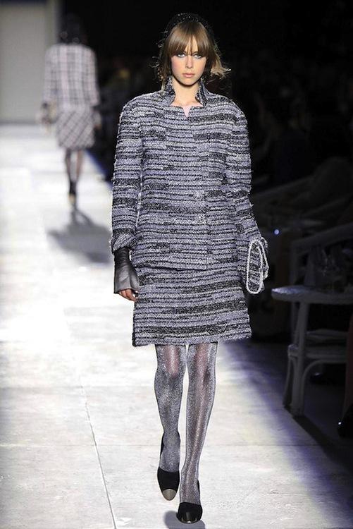 Foto de Chanel Alta Costura Otoño-Invierno 2012/2013: rosa, gris, brillos y nuevo vintage (3/61)