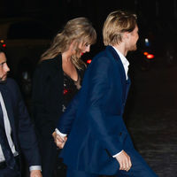 Taylor Swift reaparece con su novio, pero su estilismo no convence