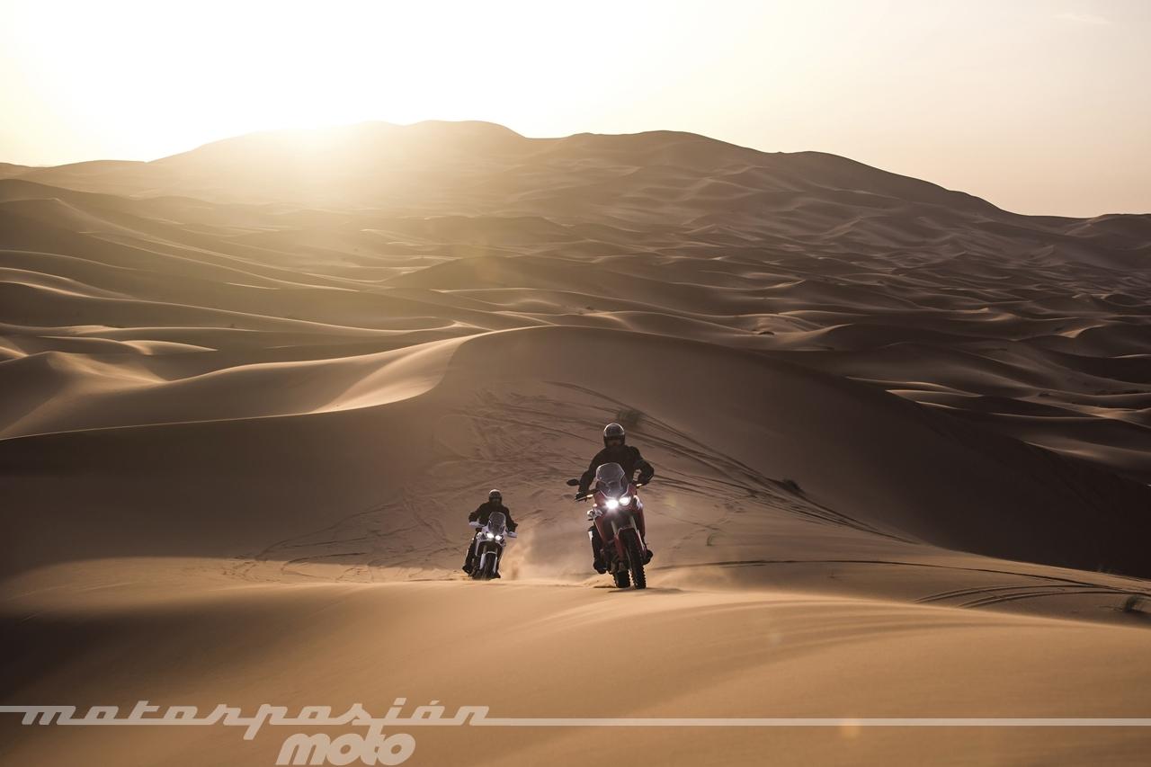 Foto de Honda CRF1000L Africa Twin (34/98)